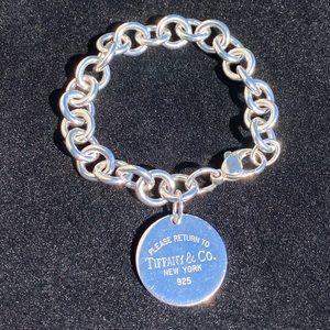 AUTH retired Tiffany & co toggle bracelet